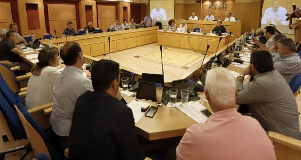 Οι διατάξεις του σχεδίου Προεδρικού Διατάγματος για την εκλογή των συλλογικών οργάνων στην Τοπική Αυτοδιοίκηση στο επίκεντρο της συνεδρίασης του Δ.Σ. της ΚΕΔΕ