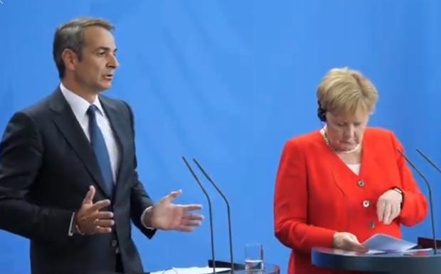 Τη δυσαρέσκειά του για τη μη συμμετοχή της Ελλάδας στη Διάσκεψη του Βερολίνου, εξέφρασε ο πρωθυπουργός