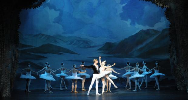 """Δημοτικό Θέατρο Πειραιά: Η """"Λίμνη των Κύκνων"""" από το Russian Ballet Theater (9-20 Οκτωβρίου)"""