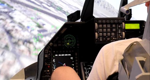 Θα θέλατε να βρεθείτε στο πηδάλιο ενός Chinook; Να πετάξετε ένα Apache; Το ΥΕΘΑ σας καλεί στην 84η ΔΕΘ (video)