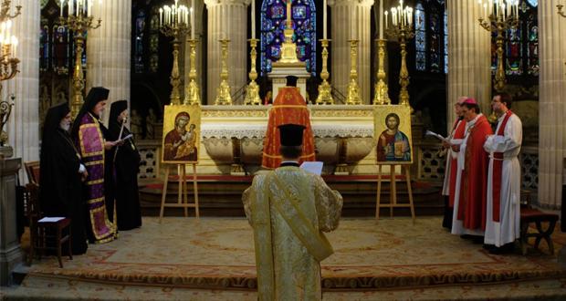 Παρίσι: Ορθόδοξος Εσπερινός στον Άγιο Γερμανό Λούβρου (εικόνες)