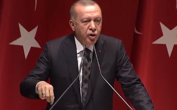 Ο Ερντογάν κατα… πάντων – Κατηγόρησε τη Μόσχα, κριτίκαρε τον Τράμπ και ζητάει από τους Έλληνες να τον αφήσουν στην… ησυχία του!