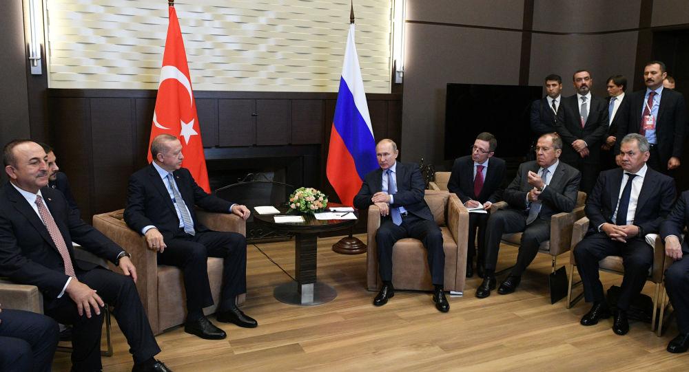 Εξελίξεις στη Συρία: Πούτιν-Ερντογάν δίνουν διορία 150 ωρών για την απομάκρυνση των Κούρδων