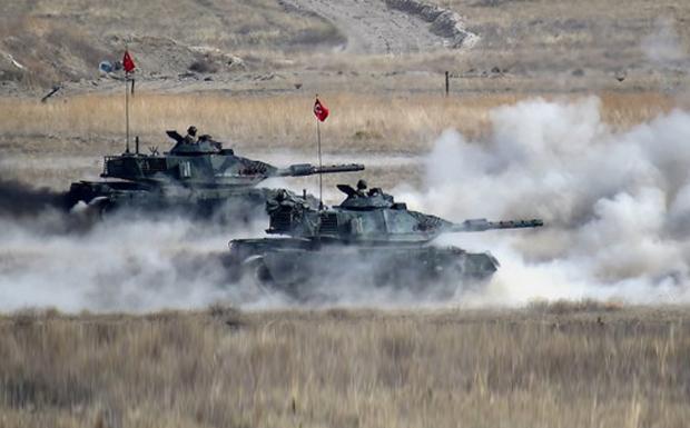 Αντικρουόμενες είναι οι πρώτες διεθνείς αντιδράσεις την στιγμή που οι Τούρκοι προελαύνουν στη Συρία…