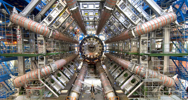 To CERN είναι το μεγαλύτερο κέντρο πυρηνικών ερευνών και ειδικότερα επί της Σωματιδιακής Φυσικής