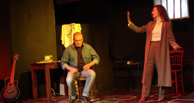 """Θέατρο Φούρνος: """"Στη Φυλακή του Χρόνου"""" του Μιχάλη Μαυρή"""