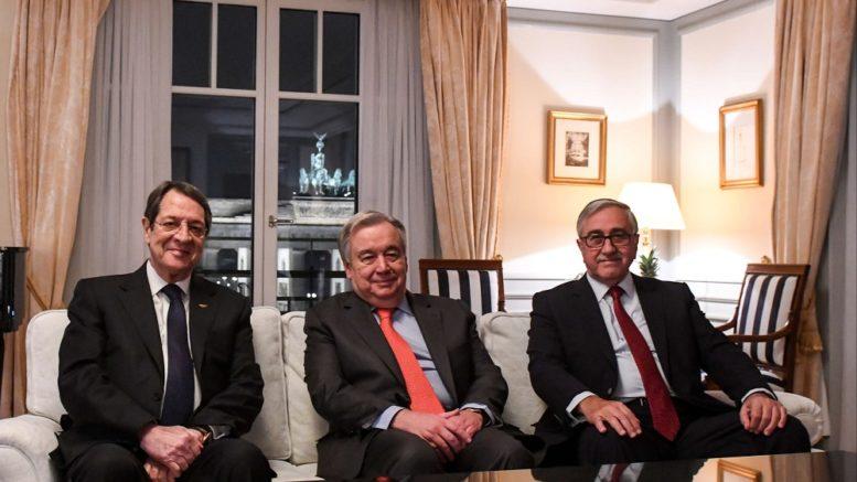 Σε εξέλιξη η τριμερής: Γκουτέρες, Αναστασιάδης, Ακιντζί χωρίς τους διαπραγματευτές