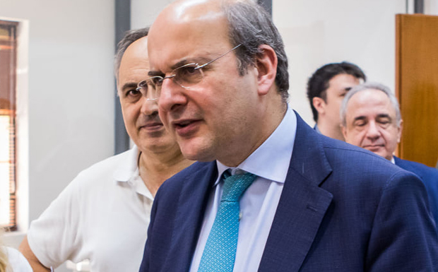Κ. Χατζηδάκης: Έως το 2022 κλείνουν όλες οι χωματερές σε Κυκλάδες-Δωδεκάνησα