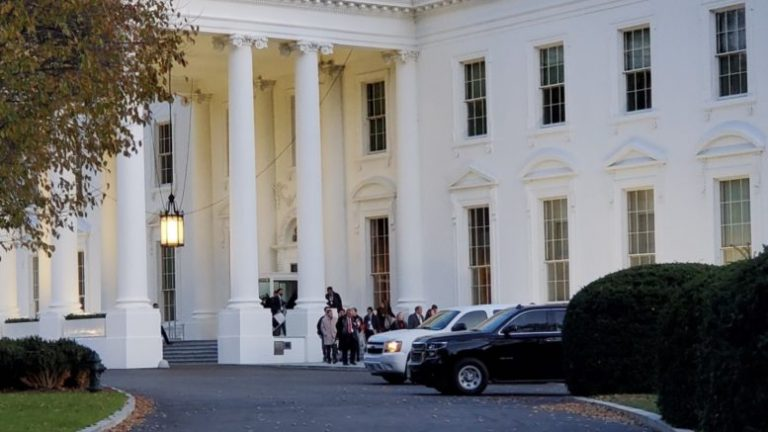Ο Μητσοτάκης πάει στο Λευκό Οίκο: Επίσημη ανακοίνωση της αμερικανικής Προεδρίας