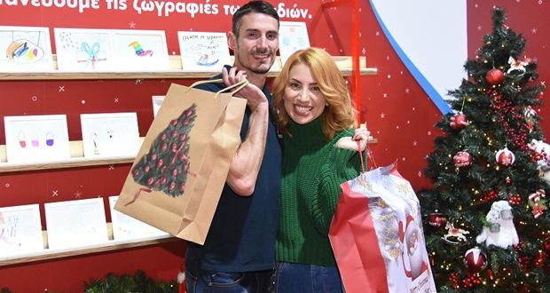 Μαρία Ηλιάκη και Παναγιώτης Τριβυζάς σε μια επεισοδιακή επιχείρηση για τα Ευχοστολίδια – Δείτε πώς κατάφεραν να πραγματοποιήσουν παιδικές ευχές