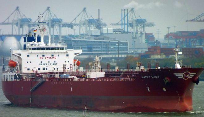 Καμερούν: Επίθεση σε δεξαμενόπλοιο με ελληνική σημαία