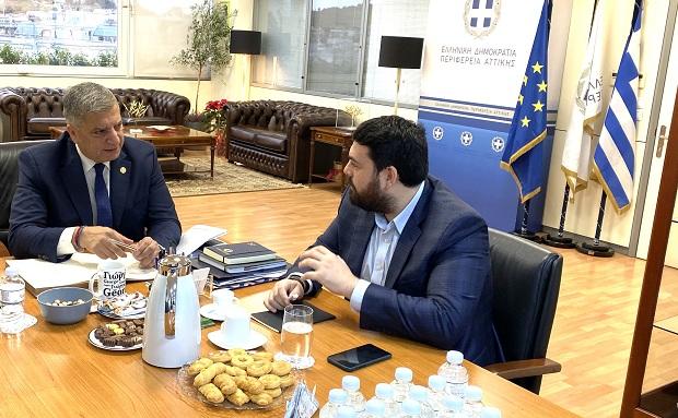 Συνάντηση του Περιφερειάρχη Αττικής Γ. Πατούλη με τον Πρόεδρο του Ιδρύματος Νεολαίας και Διά Βίου Μάθησης (ΙΝΕΔΙΒΙΜ) Κ. Δέρβο