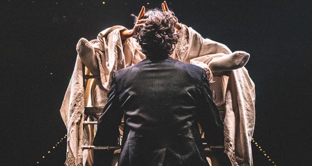 ΚΘΒΕ: «Ο ΜΕΓΑΛΟΠΡΕΠΗΣ ΚΕΡΑΤΑΣ» του Φερνάν Κρομλένκ στο Βασιλικό Θέατρο