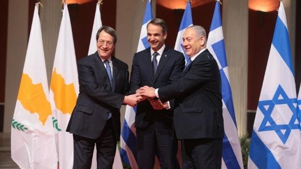 Δίκαιη η δυσαρέσκεια των Ελλήνων από τη στάση των ΗΠΑ περί ίσων αποστάσεων