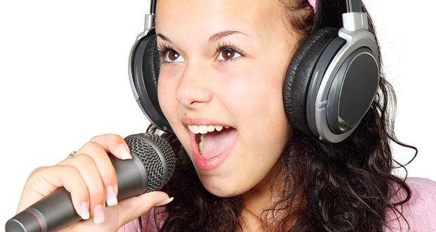 8 τρόποι για να προστατέψουμε τη φωνή μας