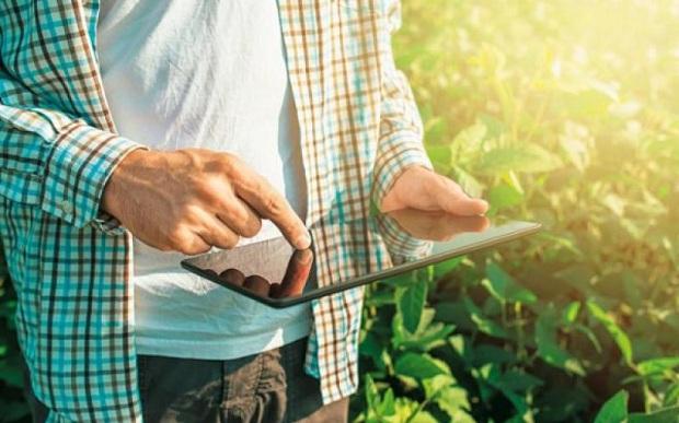 ΥΠΑΑΤ: Έρχεται πρόγραμμα ύψους 420 εκατ. ευρώ για νέους αγρότες – γεωργούς