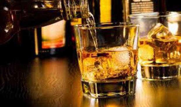 Ποιες είναι οι επιπτώσεις του αλκοόλ στις αιμορροΐδες
