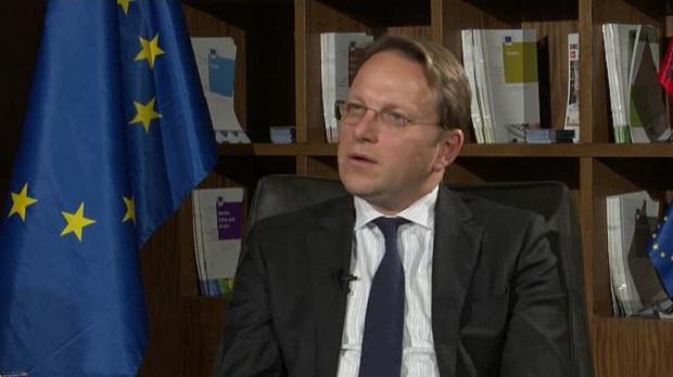 Ο Επίτροπος της ΕΕ κ. Όλιβερ δεν έχει ακούσει τίποτα περί ελληνικής εθνικής μειονότητας στην Αλβανία;