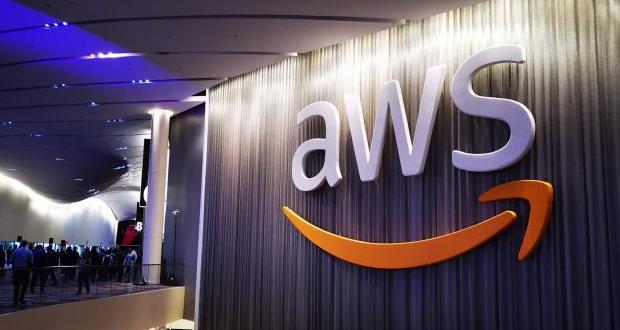 Μνημόνιο συνεργασίας με την Amazon υπέγραψε η κυβέρνηση