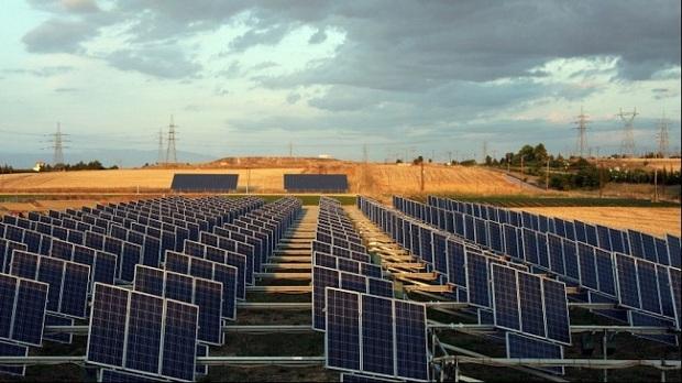 Ερώτηση ΣΥΡΙΖΑ για την αδειοδότηση φωτοβολταϊκών μονάδων παραγωγής ηλεκτρικής ενέργειας στις πεδινές περιοχές της Μαγνησίας