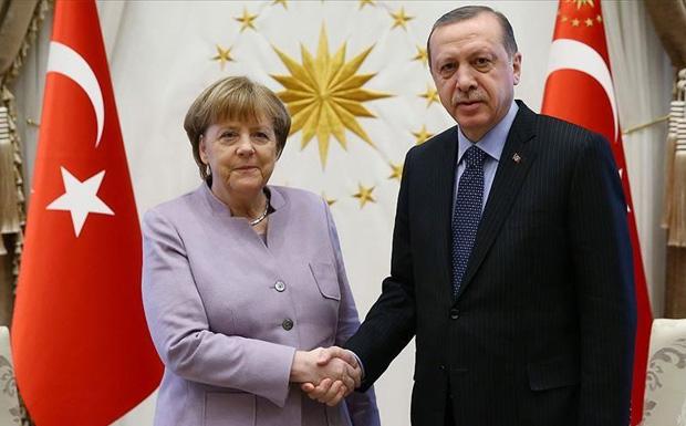 «Νομιμοποιεί η Γερμανία εγκλήματα πολέμου του Ερντογάν;» – Η τουρκοποίηση της κατ΄ευφημισμό ζώνης ασφαλείας