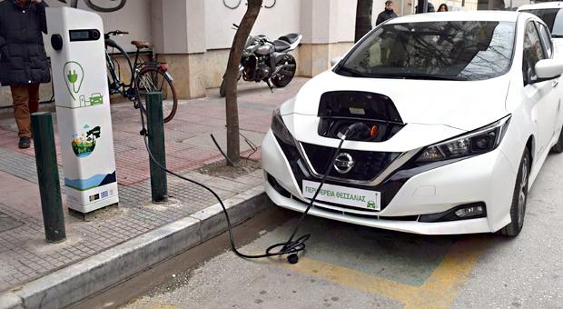Δήμος Καρδίτσας: Σε λειτουργία ο Δημοτικός Σταθμός Φόρτισης Ηλεκτρικών Αυτοκινήτων