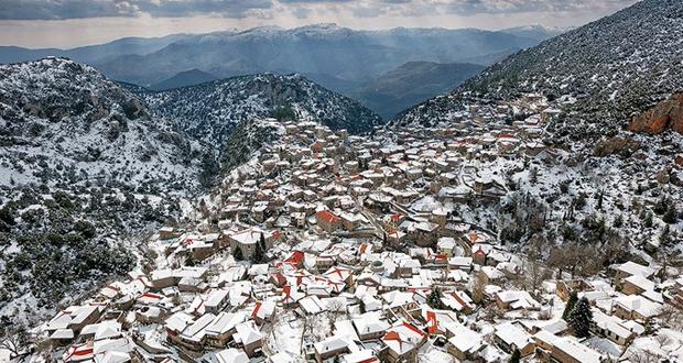 Στεμνίτσα: Ένα παραδοσιακό «στολίδι» στις πλαγιές του Μαινάλου