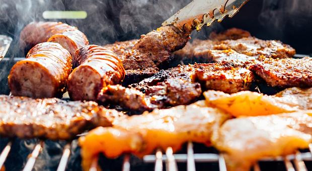 Τσικνοπέμπτη: Πως να απολαύσετε το κρέας – Το έθιμο