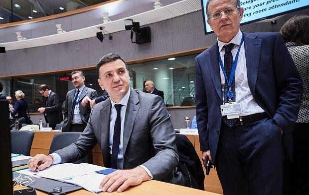 Ο Υπουργός Υγείας Βασίλης Κικίλιας στο έκτακτο Συμβούλιο Υπουργών Υγείας της ΕΕ που πραγματοποιήθηκε στις Βρυξέλλες