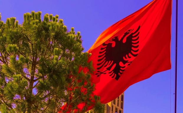 Στην Αλβανία οδεύουν προς εκλογές την άνοιξη μέσα σε βαρύ κλίμα