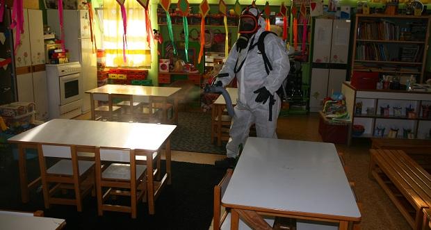 Ξεκίνησε η προληπτική απολύμανση σε όλα τα σχολικά κτήρια του Δήμου Πειραιά