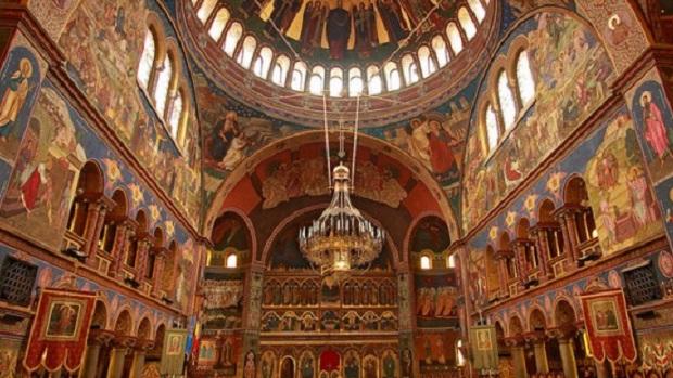 Μάκης Κουρής: Βρήκαν τον εχθρό, για όλα φταίει η Εκκλησία!