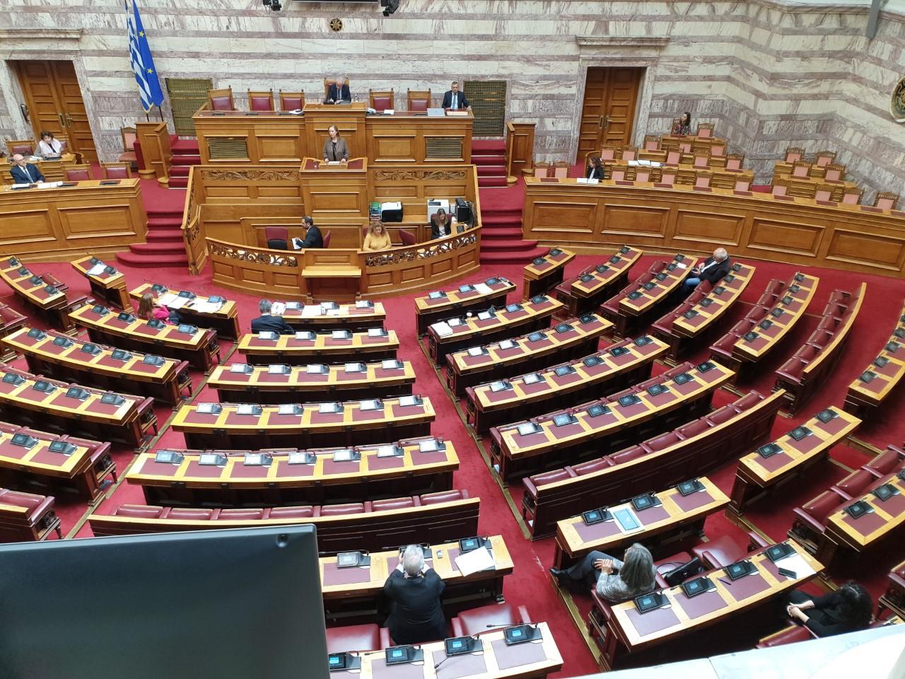 Covid-19: Mέτρα της Βουλής στις συνεδριάσεις
