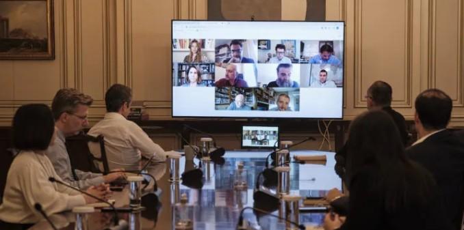Προτεραιότητα οι νέες κλίνες ΜΕΘ: Τηλεδιάσκεψη Μητσοτάκη για τη δωρεά του Ιδρύματος Σταύρος Νιάρχος