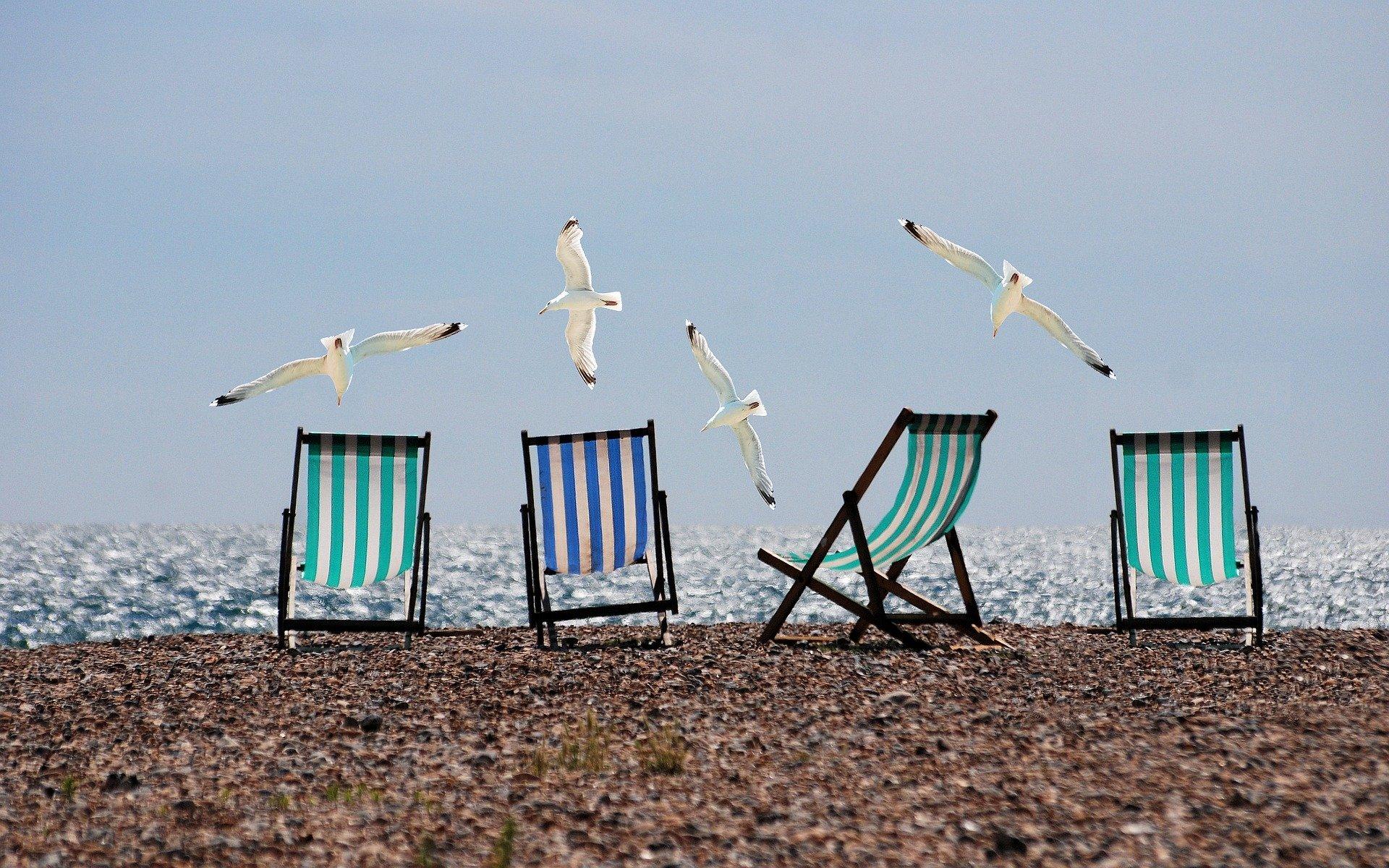 Τι καλοκαίρι κι αυτό! Ο φόβος του κορονοϊού δεν σε άφηνε να ηρεμήσεις παρά τα χάδια της θάλασσας