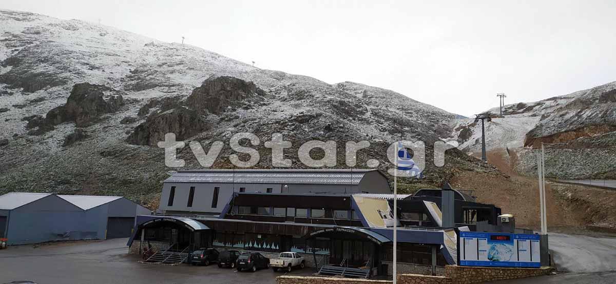 Χιονίζει ξανά στον Παρνασσό! 4 ημέρες απρίν τον… Ιούνιο! (video)