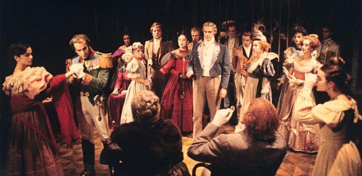 Θέατρο της οδού Κυκλάδων: Επιστρέφει τη νέα σεζόν, με δύο σπουδαία έργα
