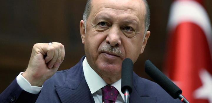 """Nταής"" κατά Μακρόν και Ελλάδας και πάλι ο Ερντογάν: ""Μην περιφέρεστε γύρω – γύρω στα νησιά"", λέει…"