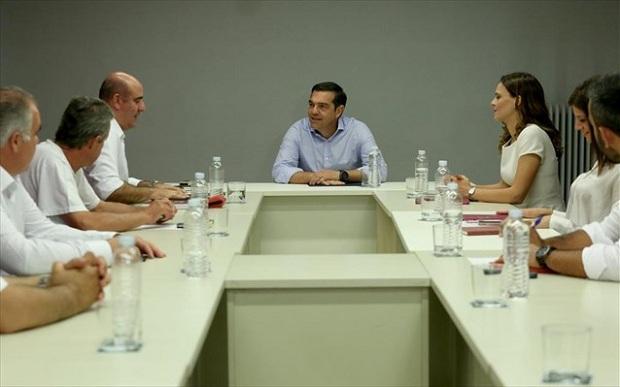 Αλ. Τσίπρας: Ο κ. Μητσοτάκης πουλάει ηλιοβασιλέματα, ενώ ο τουρισμός μπαίνει σε βαθύ σκοτάδι