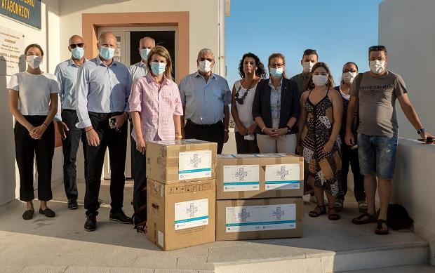 «Μαζί, με στόχο την υγεία»: Δωρεά ιατρικού και υγειονομικού εξοπλισμού στο Αγαθονήσι από την Alpha Bank