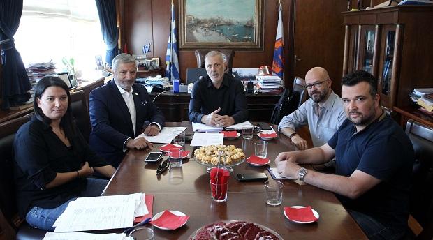 Τα έργα που χρηματοδοτεί η Περιφέρεια Αττικής στον Πειραιά στο επίκεντρο της συνάντησης του Περιφερειάρχη Γ. Πατούλη και του Δημάρχου Γ. Μώραλη