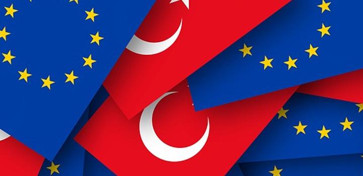 Χρ. Μπότζιος: Η Σύνοδος Κορυφής, οι αντιθέσεις Βορρά – Νότου και η στάση της ΕΕ έναντι της Τουρκίας