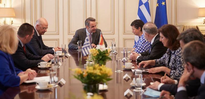 Η παραβατική συμπεριφορά της Τουρκίας στη συνάντηση του πρωθυπουργού με την ΥΠΕΞ της Ισπανίας