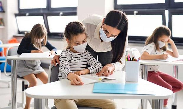 Καθησυχαστικοί οι επιστήμονες για το άνοιγμα των σχολείων