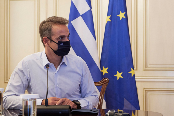 Μάκης Κουρής: Πίσω από τον κορονοϊό τρέχει η κυβέρνηση…