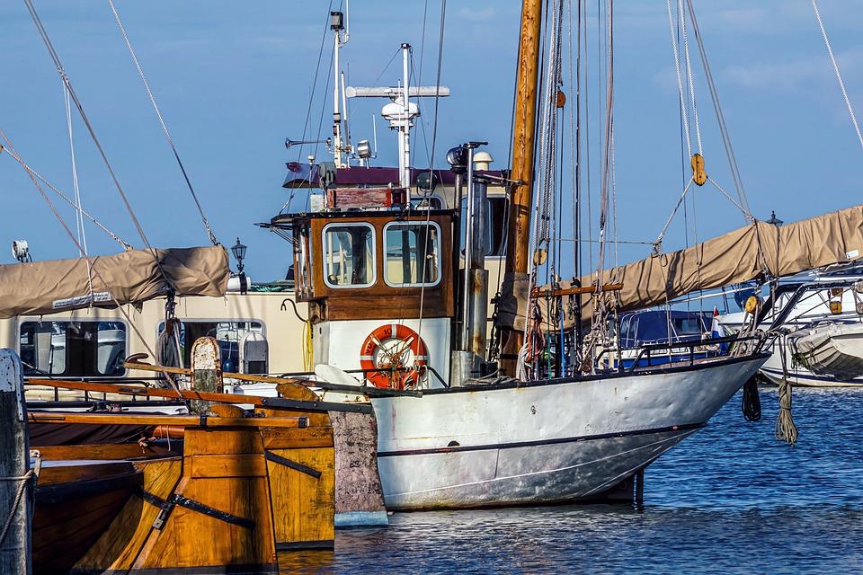 ΥΠΑΑΤ: Πρόσθετα μέτρα στήριξης των Ελλήνων αλιέων – Ενεργοποιεί το μέτρο 3.1.9