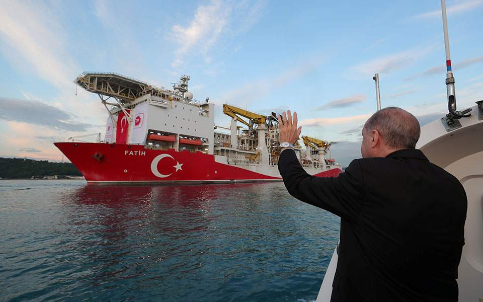 HΒ:«Η Toυρκία εξελίσσεται σε απειλή για την Ευρώπη»