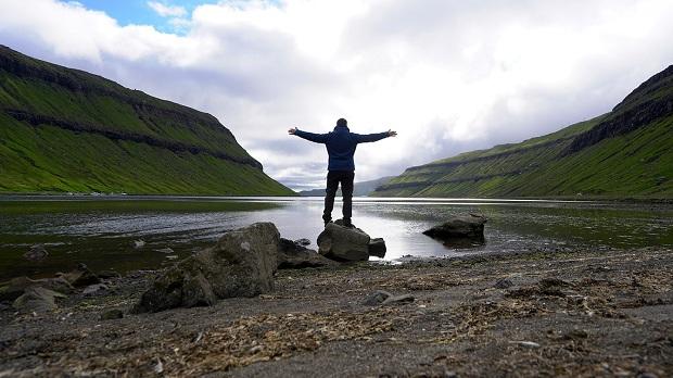 HAPPY TRAVELLER: Το φανταστικό ταξίδι στα Νησιά Φερόε – Μέρος Β'