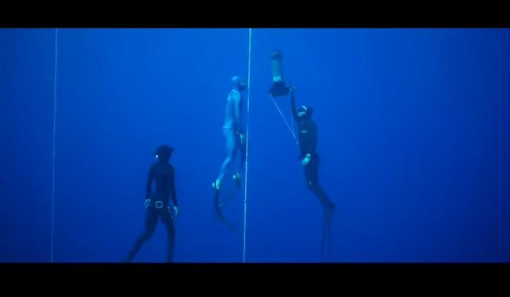Αρνό Ζεράλντ – Καλαμάτα: Παγκόσμιο ρεκόρ στην ελεύθερη κατάδυση με μία ανάσα… (112 μέτρα –  video)