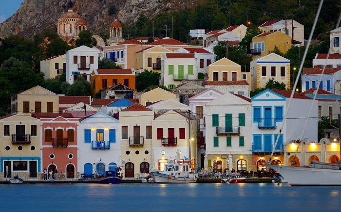 Πόσο θάλασσα τα κάνατε με το Καστελόριζο; Ίσαμε την Ανατολική Μεσόγειο…
